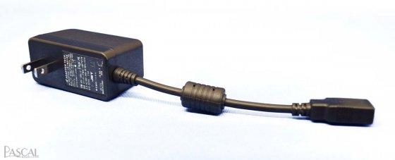 USB ACアダプタイメージ